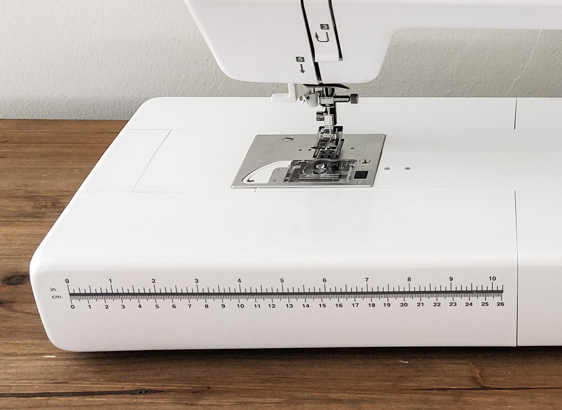 Necchi N986 centimetro